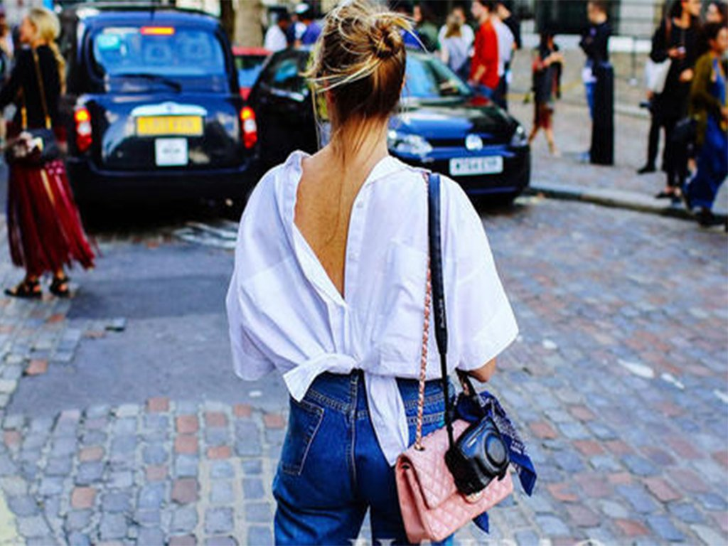 Backless skirts